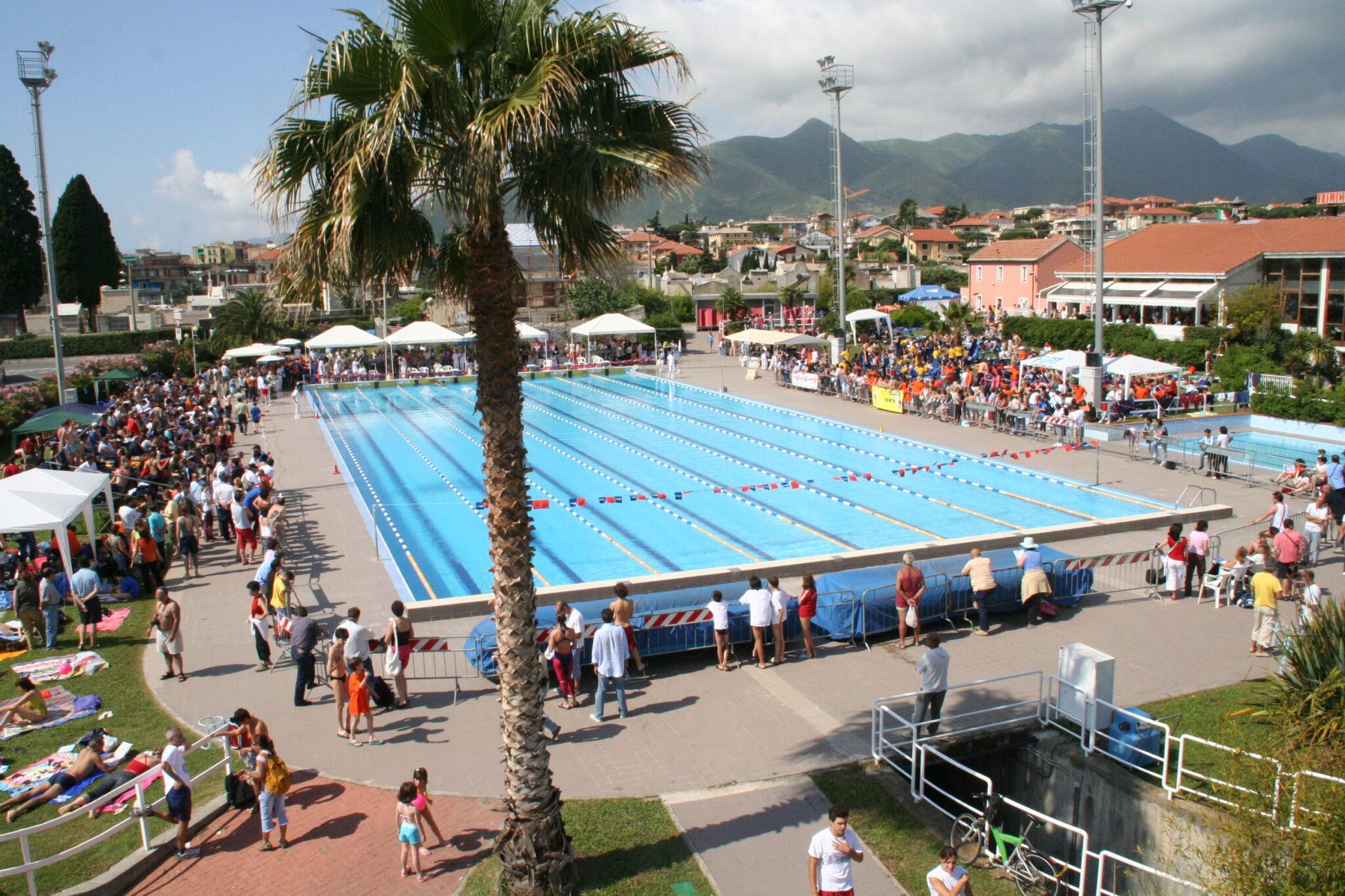 Mare e piscina per tutti visit loano il portale - Piscina oggiono ...