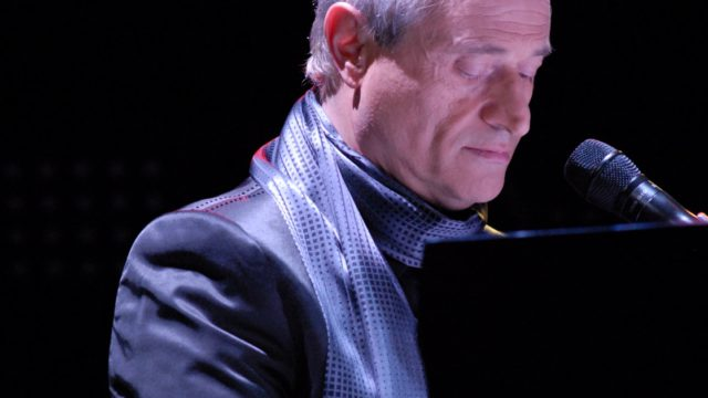 Foto Amedeo Minghi Pianofortecopertina